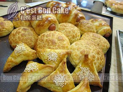 港式菠蘿包 (10-12個),腸仔卷 (6個),叉燒酥 (12個) (共 ...